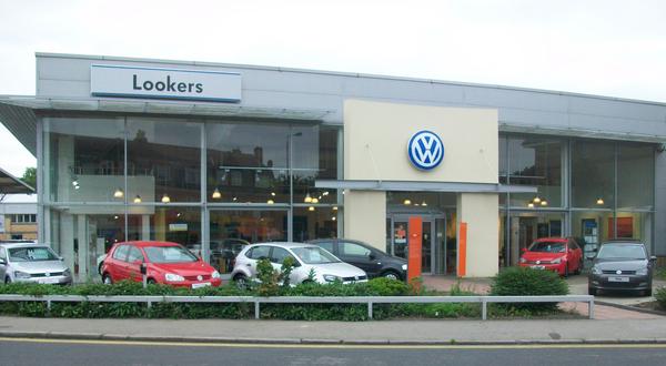Vw Lookers >> Lookers Morden Volkswagen Car Dealer Reviews Lookers Morden