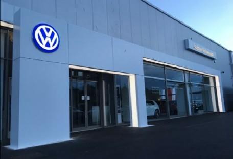 Vw Lookers >> Lookers Volkswagen Newcastle Car Dealer Reviews Lookers Volkswagen
