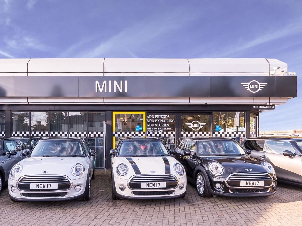 78438299617987 Barons MINI Hindhead Car Dealer Reviews